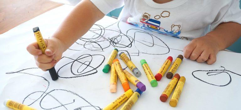 Comment apprendre les couleurs à votre enfant